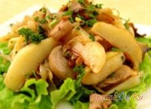 Отварной картофель с солеными сыроежками